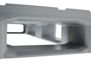 A curved sloping ramp up and down the internal blocks prevents fork arms from misaligning the pallet.