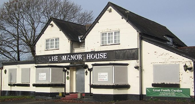 British Pub-going Tradition in Danger as Beer Prices Soar